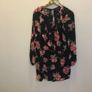 Forever 21 Plus Size 1x Red Black Floral Romper